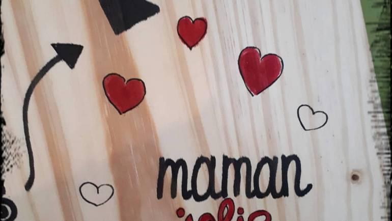 Préparation stand fête des mamans pour la fête du jeu de A L'ASSAUT à Mombrier l…