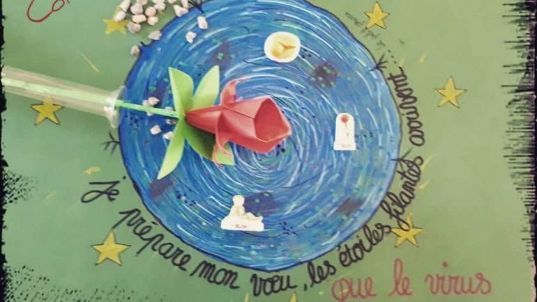 Pour vous souhaitez un bon week end ….. fleur origami réalisé par Corinne l'an…