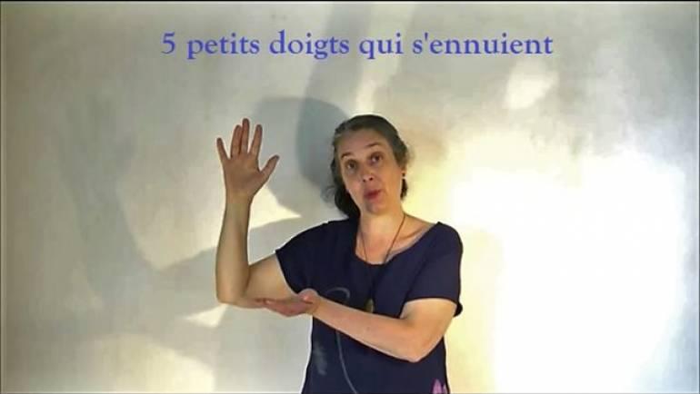 """Comptine pour les bébés """"5 petits doigts qui s'ennuient"""" par France Quatromme, conteuse"""